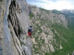 Climbing43